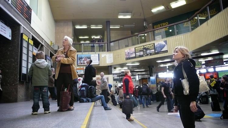 bratislava-to-budapest-train-tendtotravel-1
