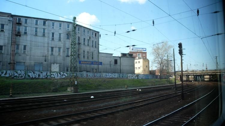 bratislava-to-budapest-train-tendtotravel-13